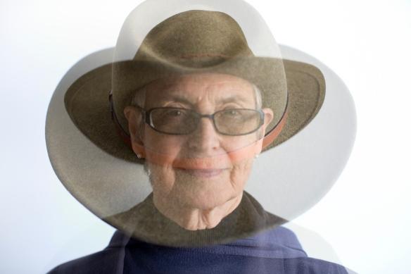 db exp:hat